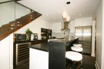 200_clinton_st_unit_12_MLS_HID641536_ROOMkitchenbreakfastbar